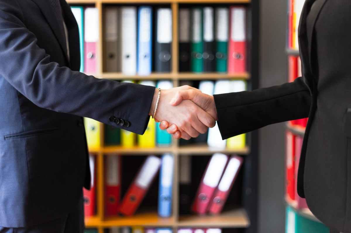 Alianza entre Legaltechies Academy y Derecho Práctico para impulsar el ecosistema Legaltech de hablahispana